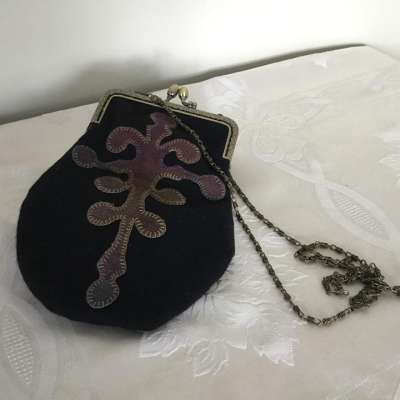Wool Appliqued Purse 02