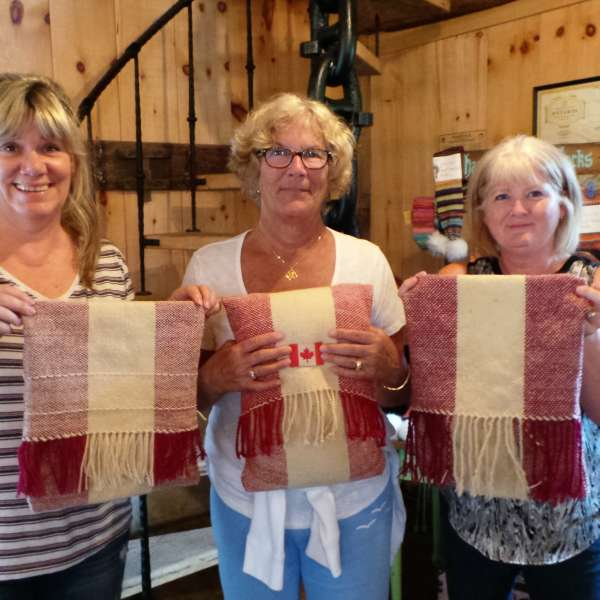 Canada 150 Pillow Weaving Workshop